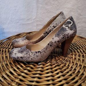 Aldo size 37 snake print heel